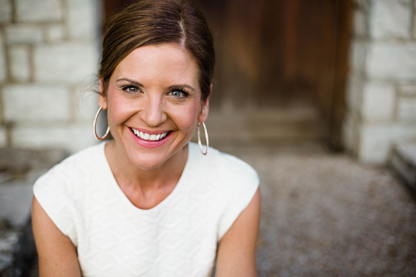 glennon-doyle-melton-photo-2015-credit-to-amy-paulson-photography